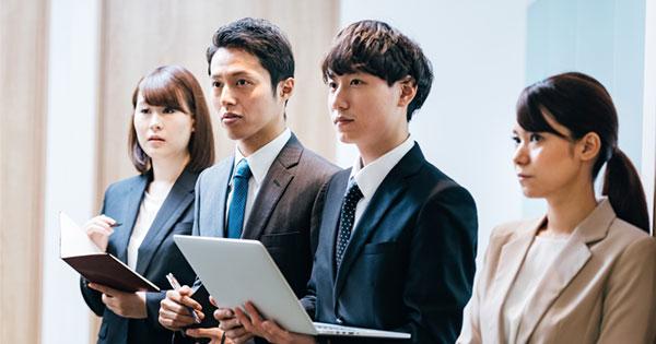 「学ばない社会人」のせいで日本企業の競争力が低下、リカレント教育は重要か