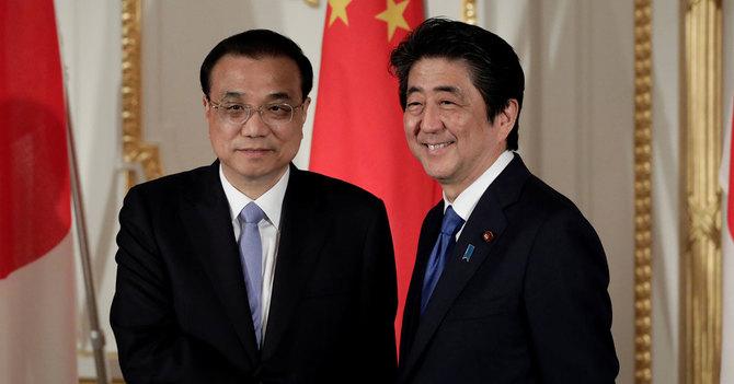 李克強訪日、中国が関係改善を進...