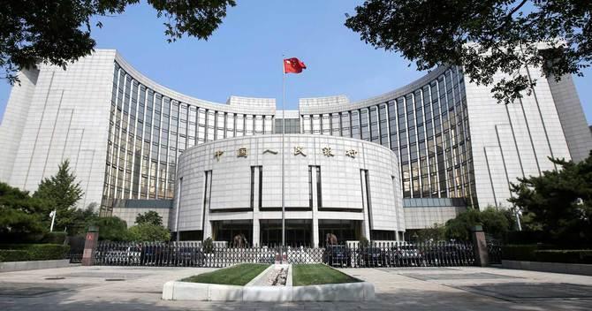 中国の債務圧縮、景気悪化で幕切れに