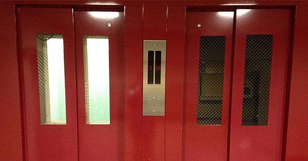 工事期間中でもエレベーターが使える住む人の暮らしに合わせたリニューアル