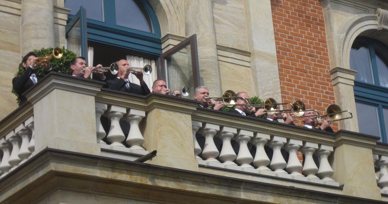 ワーグナー家が代々総裁職を世襲、夏のバイロイト音楽祭の引力