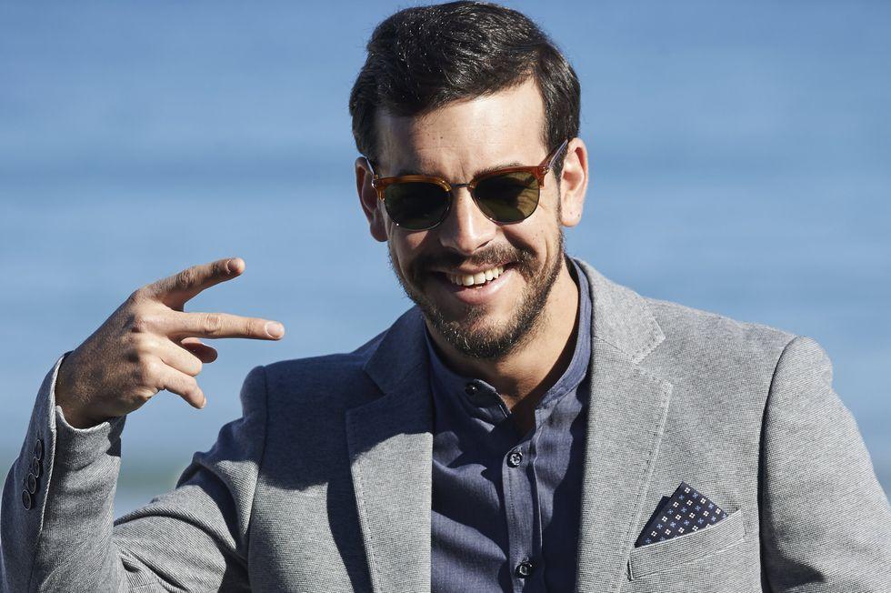 サーモントのサングラスをかけたハリウッド俳優