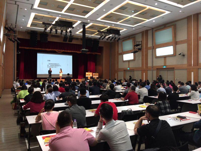 世界が注目し始めた日本発の営業スタイル。<br />質問型営業にアジアが熱い視線を送る理由
