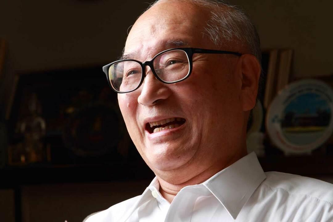 石田寛人氏