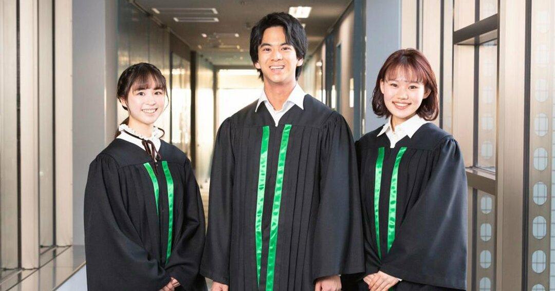 左から、紀野紗良さん、伊藤七海さん、岡本沙紀さん