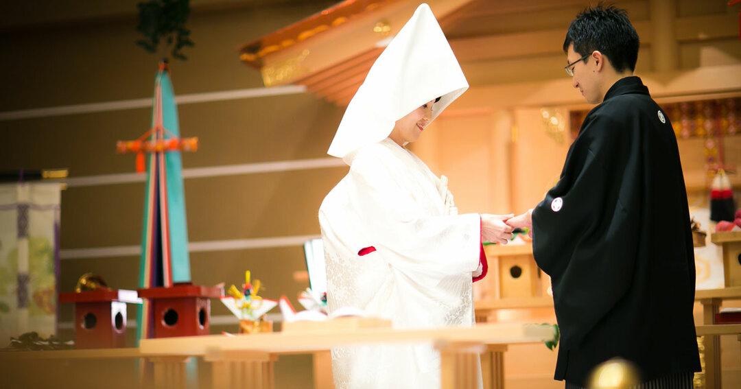 結婚式に異変、伝統的な「和婚」が人気を呼ぶ理由