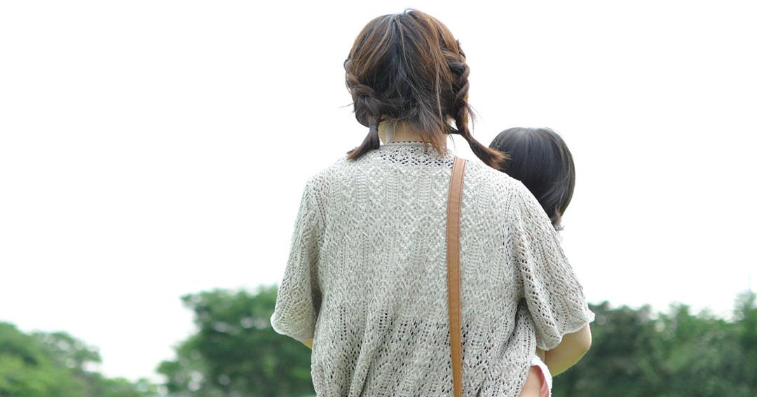 生活保護シングルマザーへの「働け」圧力が子どもの未来までも蝕む<br />