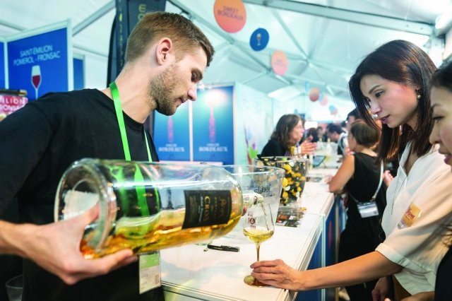 例年の「香港ワイン&ダイン・フェスティバル」の様子