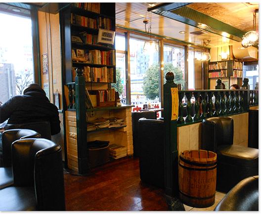 赤羽の喫茶店は、カレーや焼き魚定食を、<br />モーニングセットで楽しめる