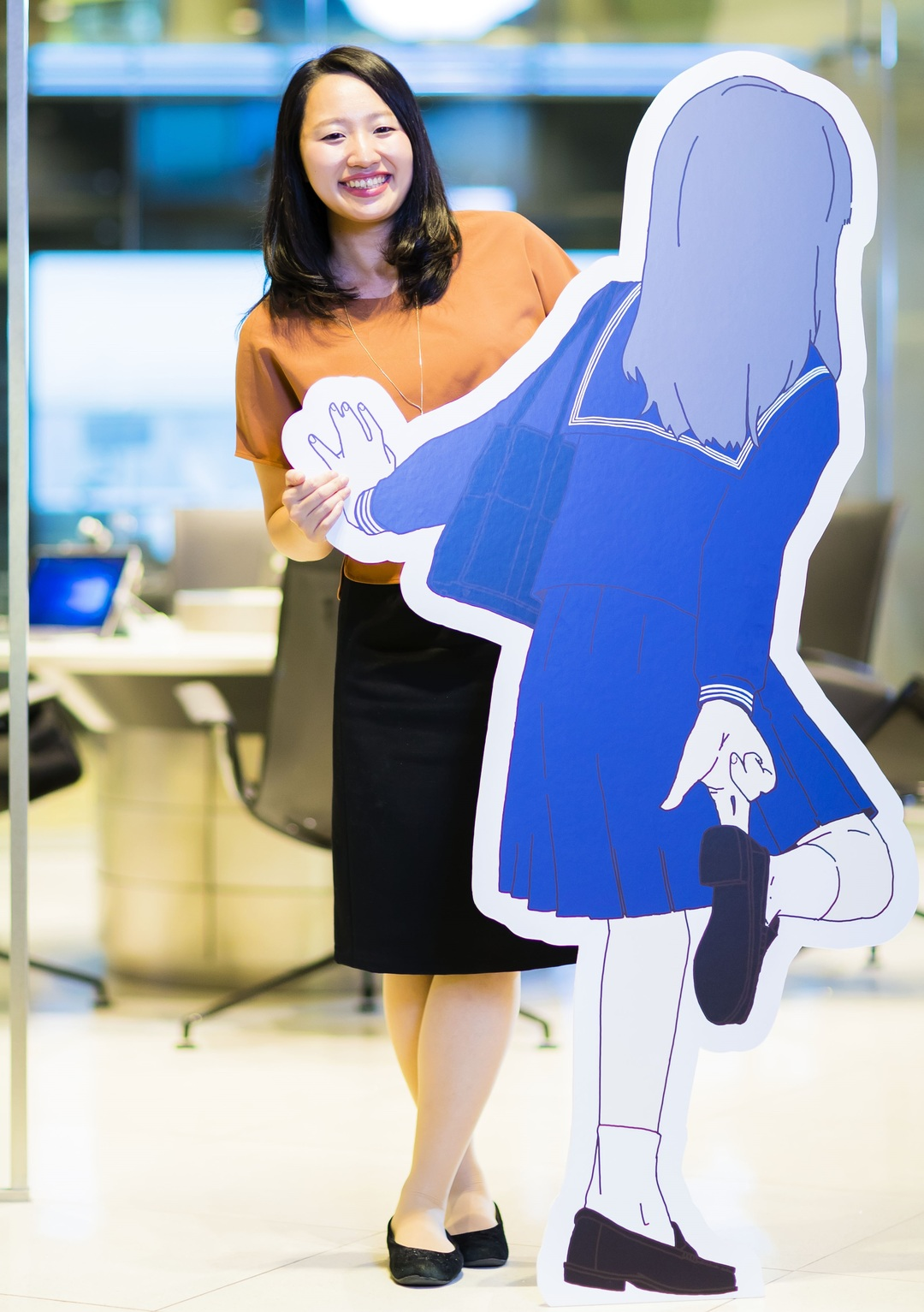 2019年12月31日、<br />女子高生AI「りんな」は<br />紅白歌合戦に出場する ?<br />