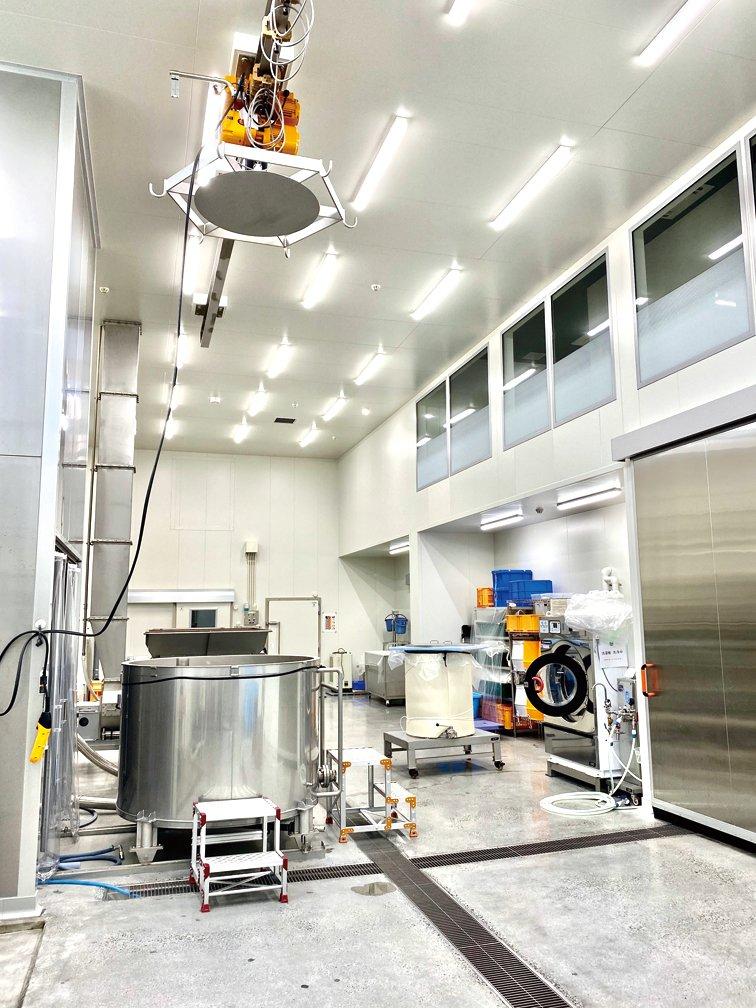 原料処理室。洗米は10kg単位