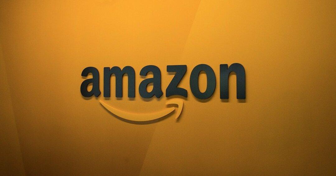 アマゾンに政府基盤システムを発注して大丈夫?情報保護、障害、コスト…