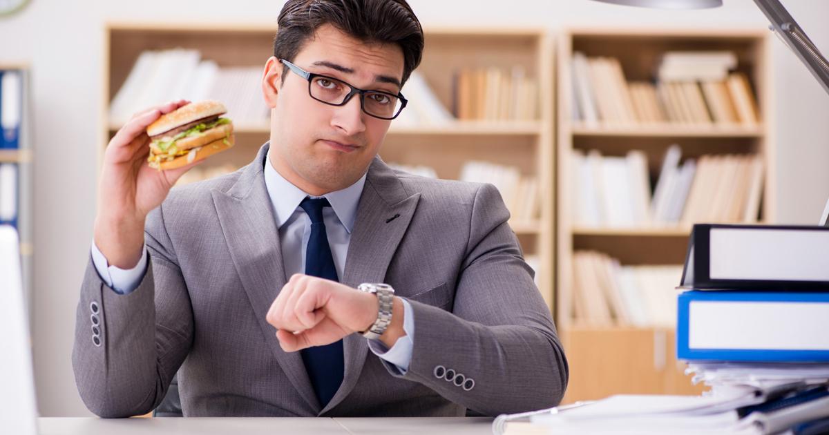 ダイエット成功のコツは、食事制限より時間だった!