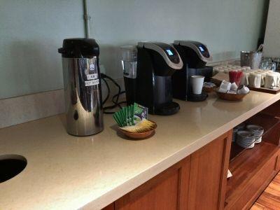 「IASS ハワイラウンジ」のコーヒー