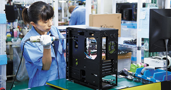 真心ある手づくりパソコンのマウス 「飯山TRUST」に秘めた品質へのこだわり