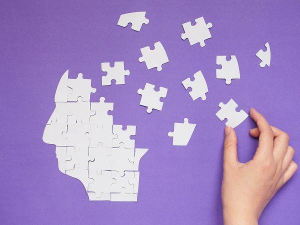 異なる脳領域の連携を高めて同時に活動させる方法