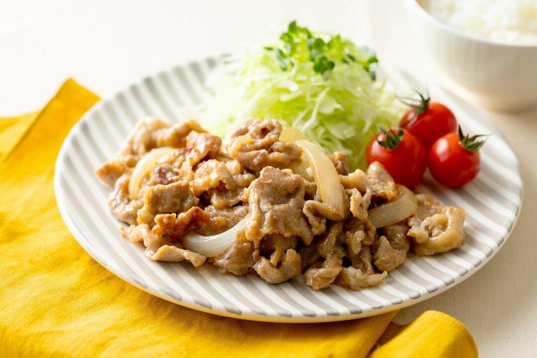 【裏ワザ料理】秘密の「黄金比だれ」でつくる!旨味たっぷり、やわらか豚の「しょうが焼き」
