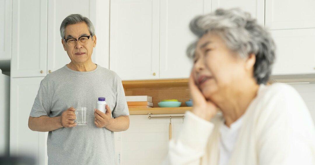 妻が突然のがんに…61歳夫は退職し看護に専念しても生活できるか