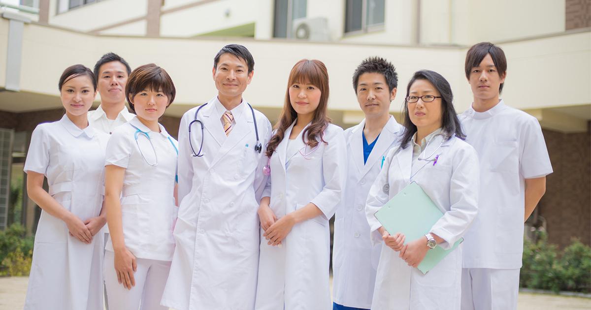慶應大と千葉大の医学部で悩んでいます。卒業後の可能性や収入は大きく違いますか?