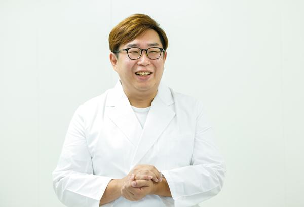 マンダム技術開発センター フェイスケア製品開発室 橋本公男主任
