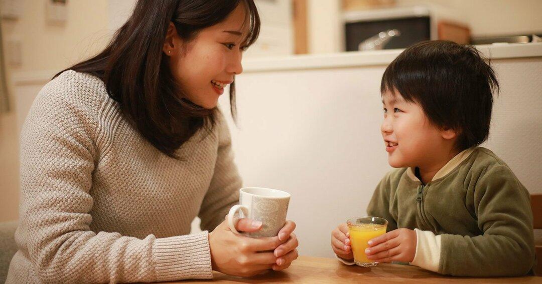 「話をよく聞く親」の子どもは学力が高い?