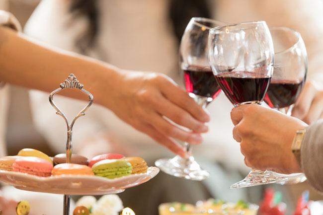 ワインのだらだら飲みで「歯が溶ける」は本当か