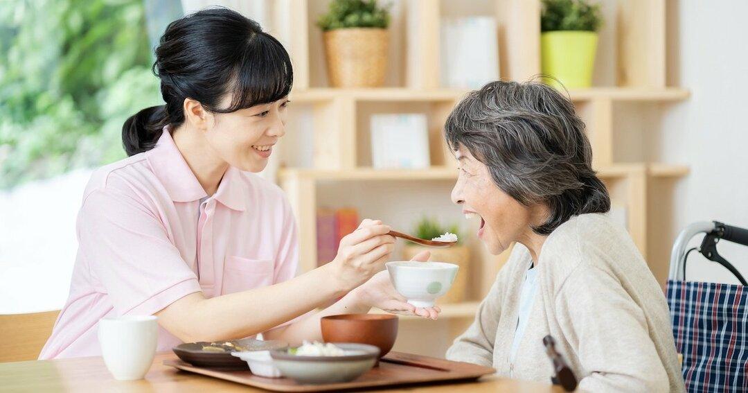 老人ホームの見学は必ず「ランチタイム」に行くべき理由