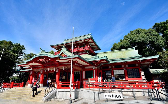 富岡八幡宮の故・富岡長子宮司、最後のインタビューを初公開