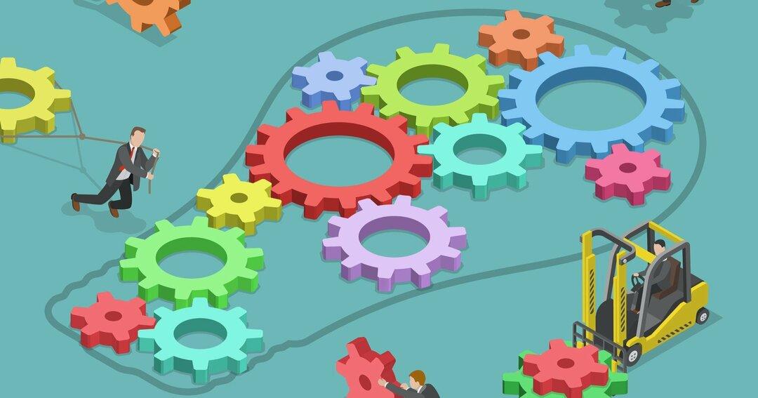 自社で内製化すべきか、外部発注するかを判断する方法