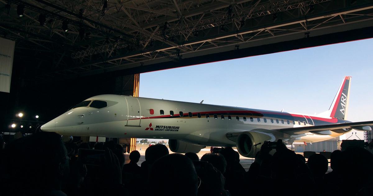MRJ初飛行カウントダウン 水面下で進む九州就航計画