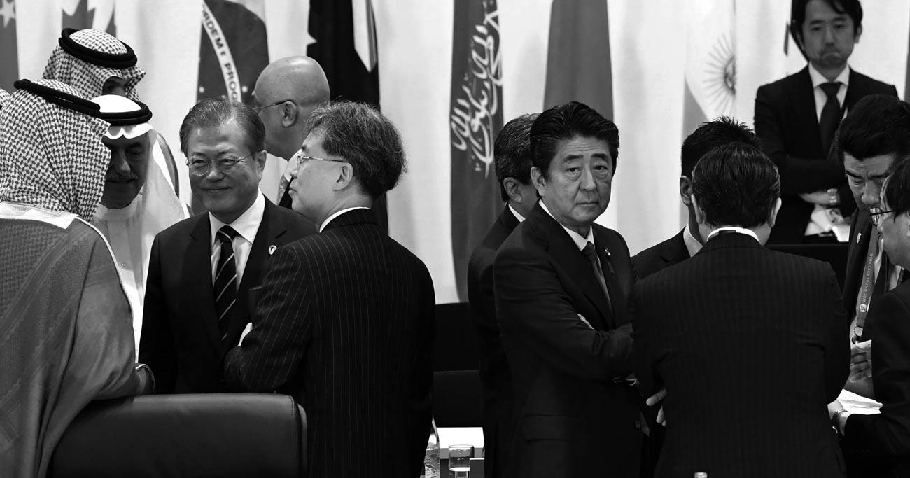 日韓対立巡る次なる注目点は軍事協定更新と即位礼正殿の儀