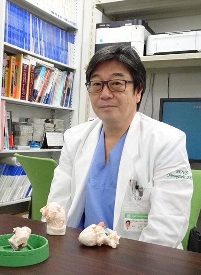 先天性の小児心疾患手術の名手として知られる小児心臓外科医、京都府立医科大学(京都府)の山岸正明教