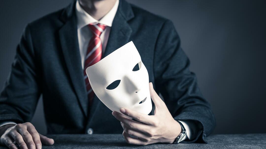 「不正直な人」は論外だが、「バカ正直」もダメ。<br />では「正直」と「バカ正直」の一線はどこに引くか?