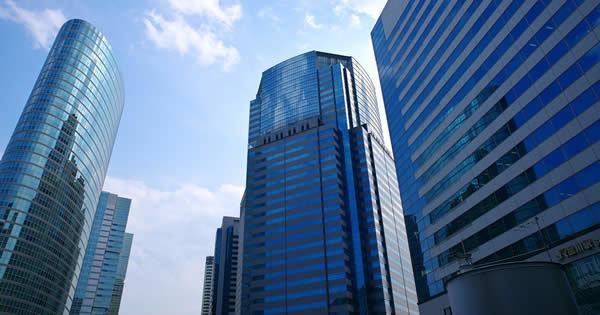 日本企業で進む事業再編