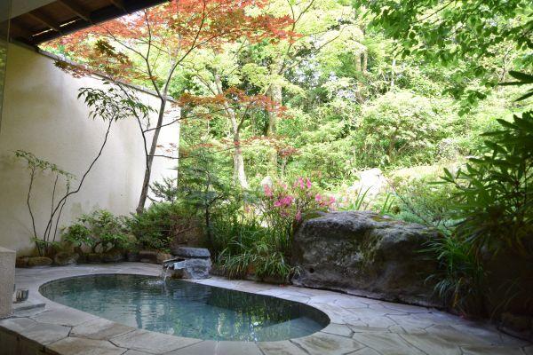 強羅花壇の「藤」に付いている露天風呂