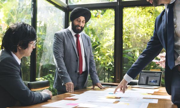 インドでIT産業が栄えた「3つの地理的背景」