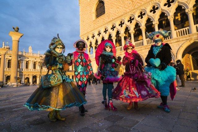 仮面のカーニバル,ヴェネツィア