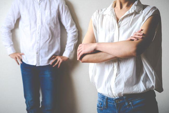 関わりたくない厄介な夫婦「モンスター夫婦」が隣人や自分の子どもの親なら深刻だ