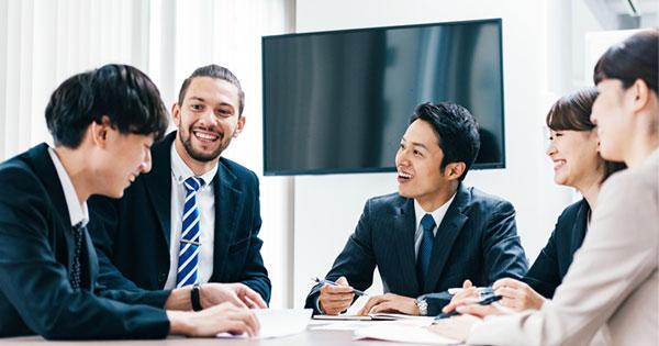 英語を仕事で使う人の数は減少傾向という現実、むしろ必要な力とは