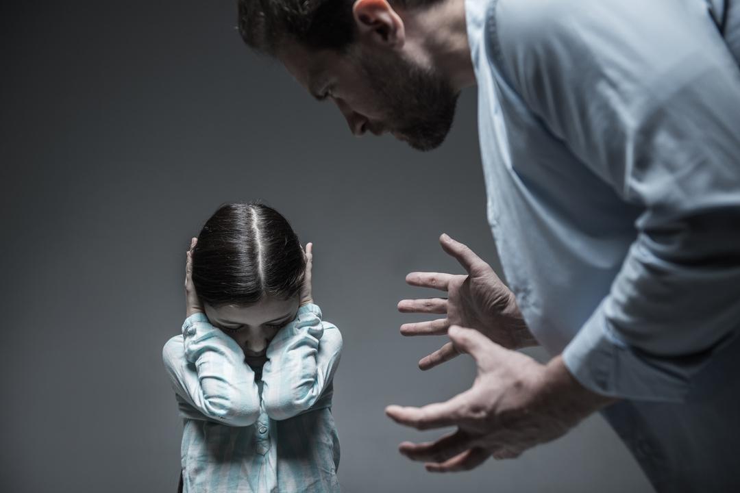 恐怖で子どもをしつけても意味がない