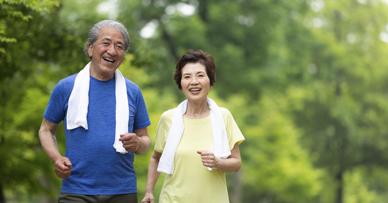 うつぶせになれますか?100歳まで自分で歩ける体にするために今から始めてほしいこと