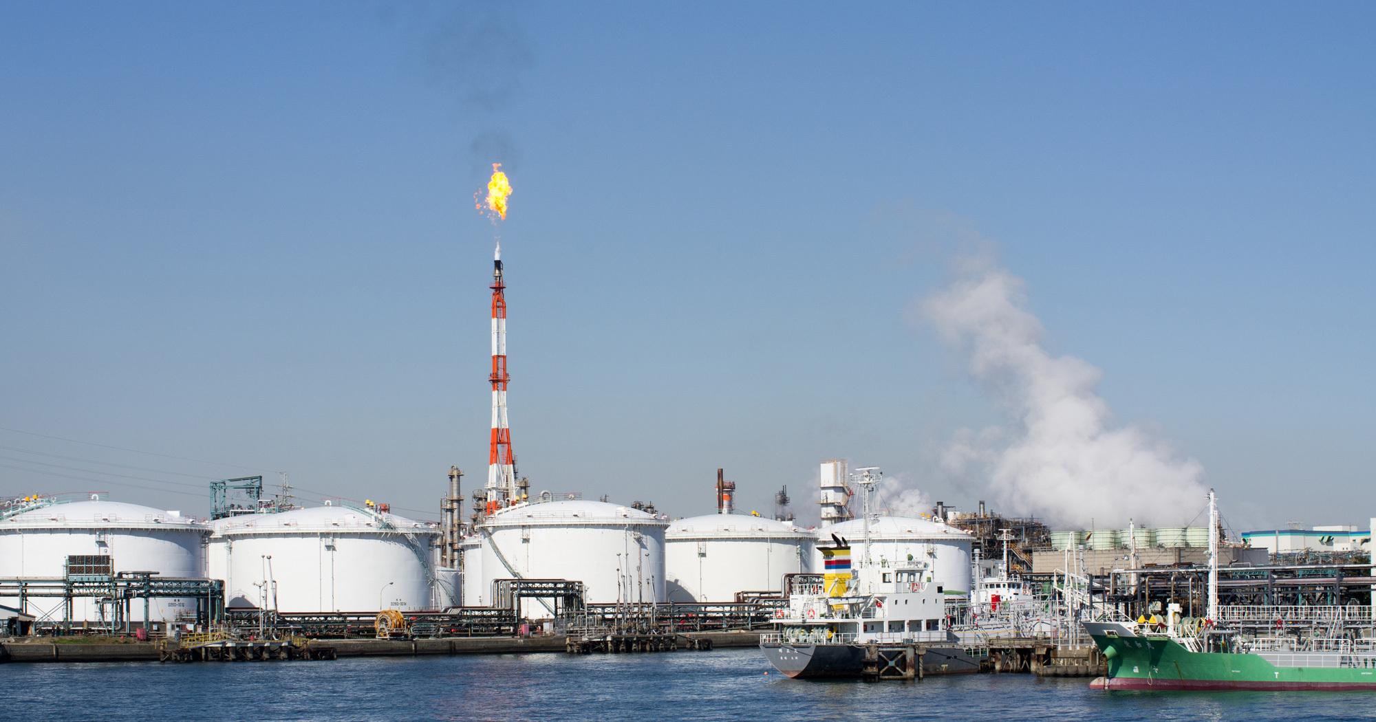 原油安は一服、値を戻すも上値を追う材料には乏しい
