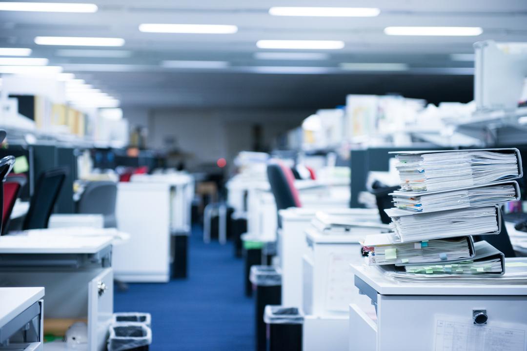 残業常習者が会社を壊す
