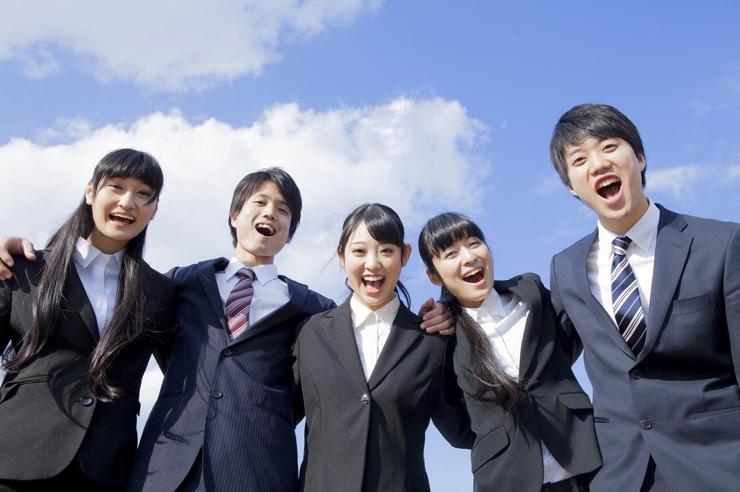 関西の上位大学と東京の中位大学なら、<br />どっちが就職に有利なのか??