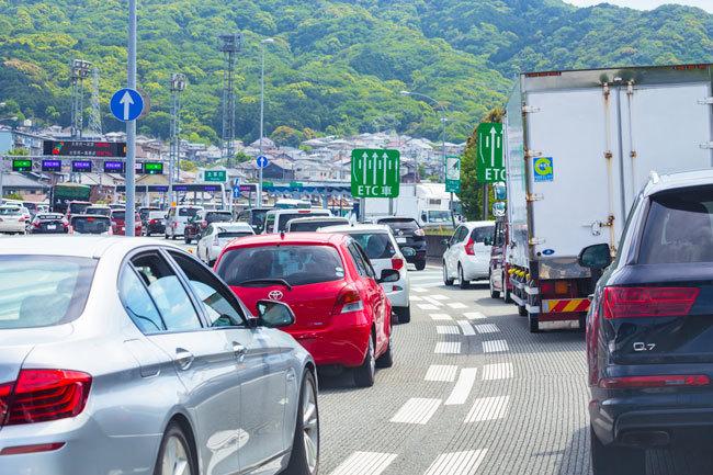 渋滞時のノロノロ運転で作動しない自動ブレーキも