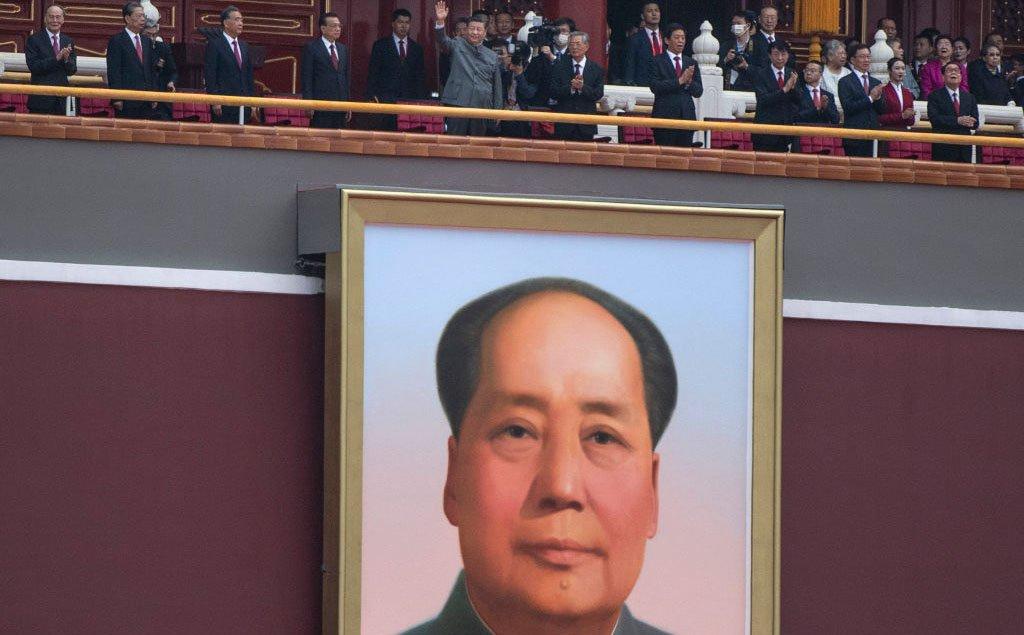 中国共産党100周年式典で露呈した「習近平が毛沢東になりきれない理由」