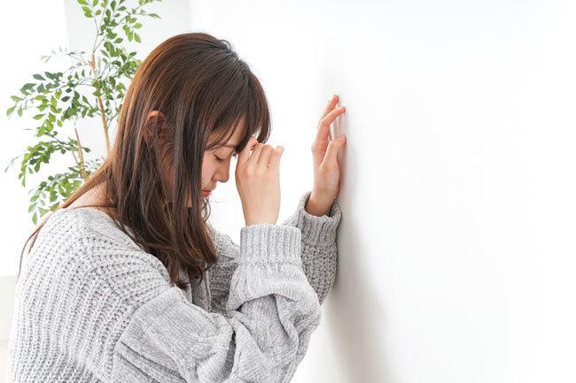 疲労、集中力低下、無関心など、うつ病によく似た症状がある。