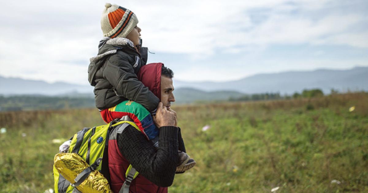 家族を守るための唯一の選択肢が、「国を捨てる」だとしたら?――1歳の子を連れて国境越えを目指す家族の物語