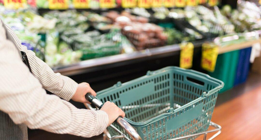 ライフ筆頭に食品スーパーは売上高好調!コロナ再拡大で「特需第2波」も【10月度・業界天気図】