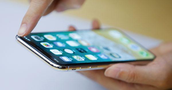 iPhoneX失速、液晶大手JDIに生き残りの道が見えた理由